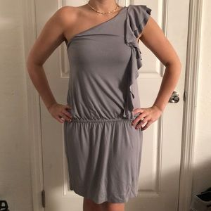 One sleeve with ruffles soft light gray dress